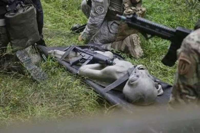 Notícias de Fotos do Alien morto por militares